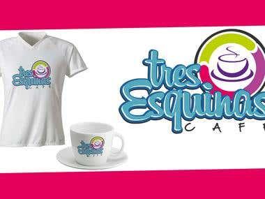 3 Esquinas Café