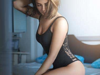 Model: Elya Panika