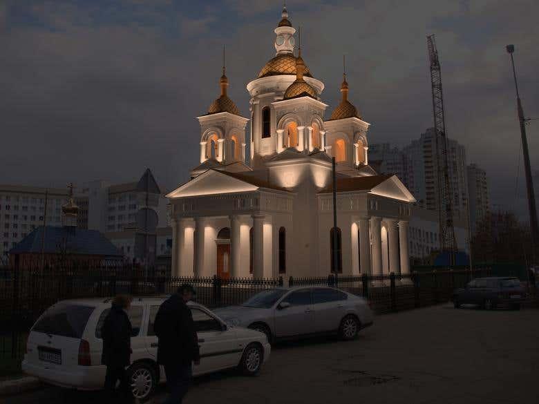 Obolon, church | Freelancer