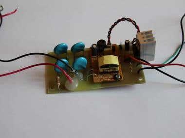 Alpha particles detector