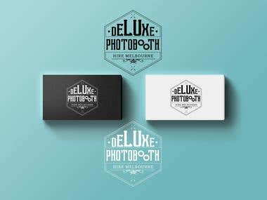 Logo for Deluxe Photobooth