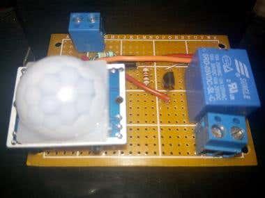 Automatic Light with PIR sensor