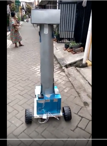 1.5 meter giant robot, powered by mini pc
