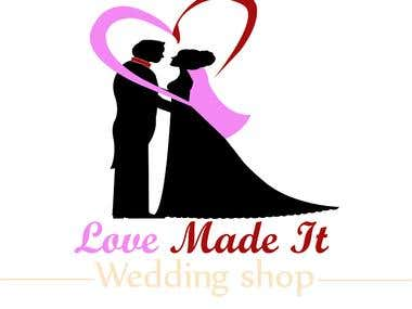 LOVE MADE IT Logo