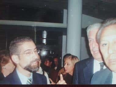 Foto con el escritor peruano Mario Vargas Llosa