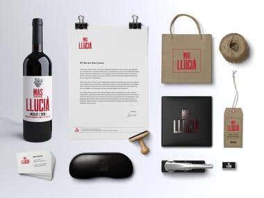 Label + Visual identity / Mas Llucia