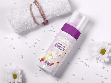 Label design for Cosmetic Product Range - Body Spray