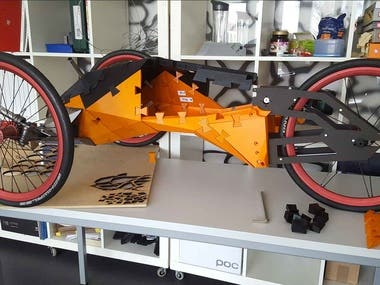 3d printed puzzle vehicle powered by screwdriver