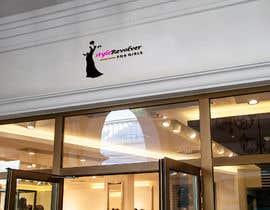 nº 19 pour Nombre y logo para tienda de fajas y ropa con ajuste par sabrinabristy