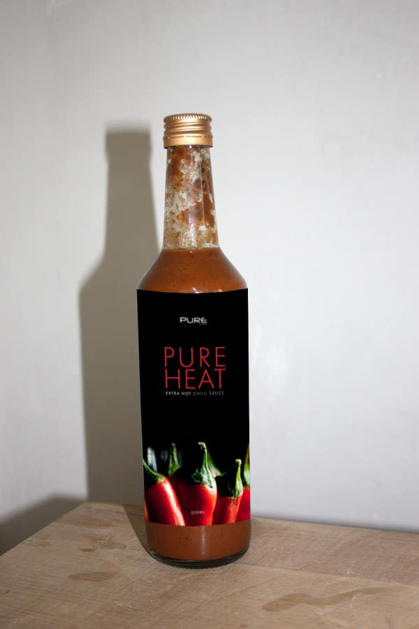#112 for Graphic Design for Chilli Sauce label by CarlieTempleman
