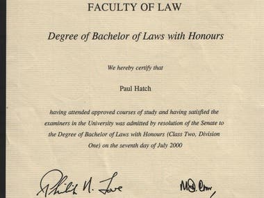 LLB / Law : 2:1 with Honours