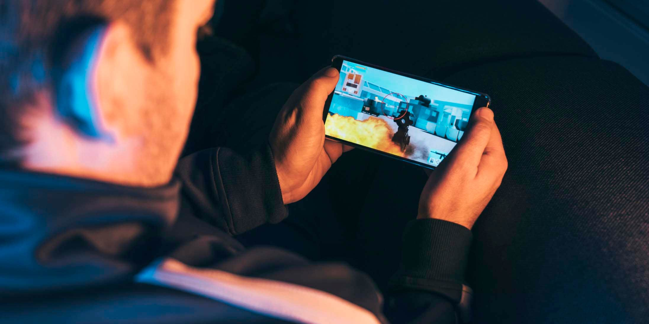Cover photo for The top 7 mobile gaming app trends for 2019
