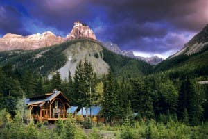 cathedral-mountain-lodge-300x200.jpg