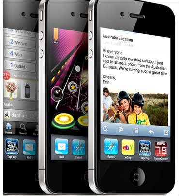 iphone4-india-launch-sept-2010.jpg